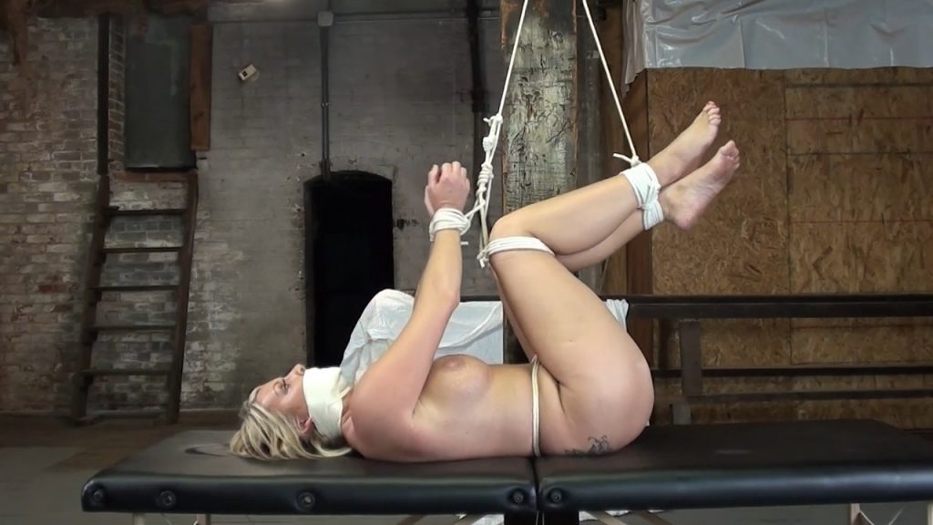 Jamie Knotts Pulley Torment Blazing Hot – Girls In A Bind