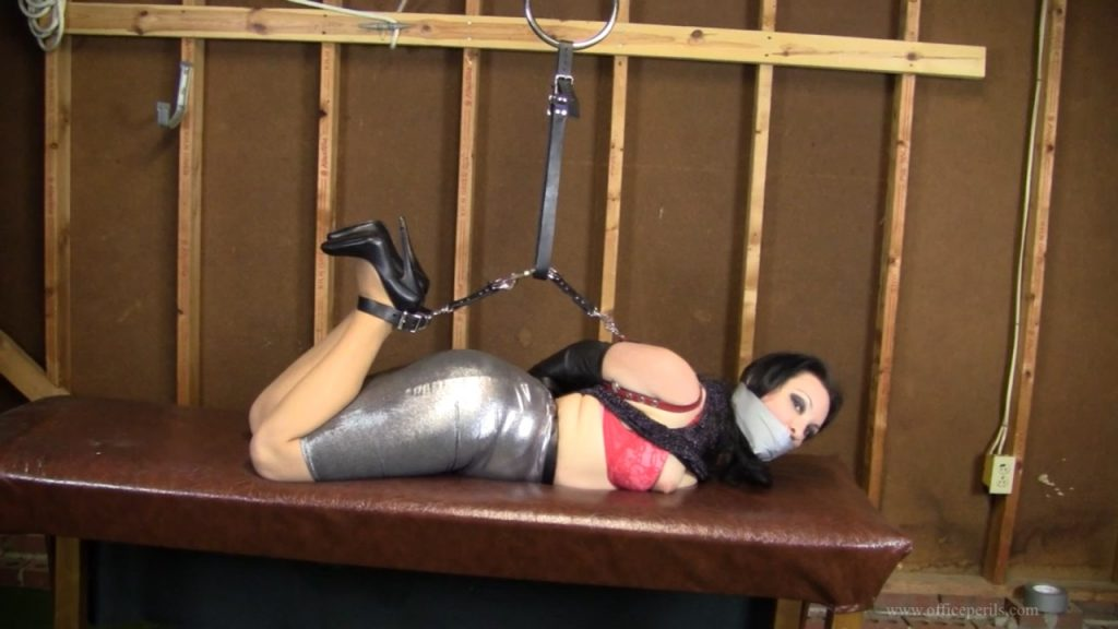 Michelle Petite – Leather strap hogtie in the warehouse HD – Elizabeth Andrews Office Perils