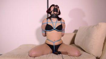 RS-120 Movie – Black Panties Blue Rope – Mina