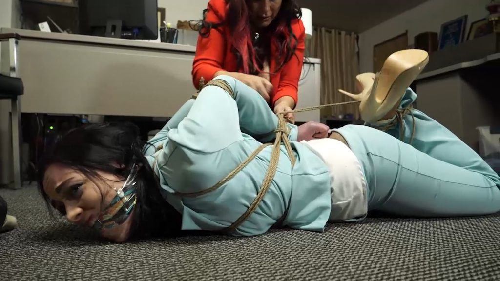 The brat threw my laptop at me so I tied her up! – JJ Plush, Anna – Born to be Bound