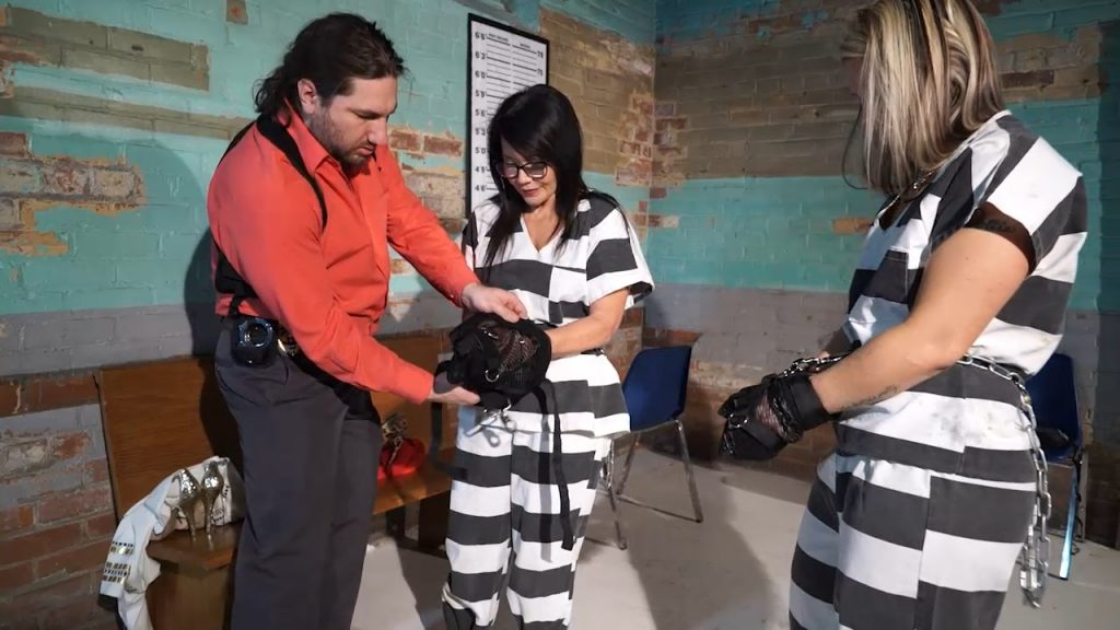 Adara and Gigi need police protection part#1 – Handcuffed Girls