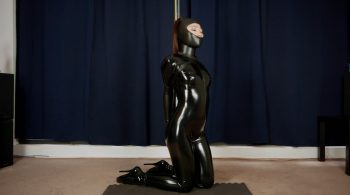 RS-161 Movie etish Doll Wrapped Around A Pole – Mina