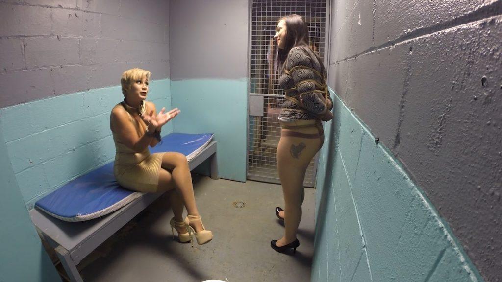 Anna visits the bondage bar – Anna, Sahrye – GirlfriendBound