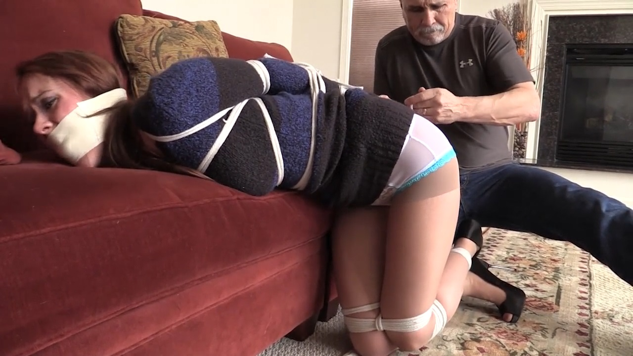 Madalynn Raye-Toe tied and gagged