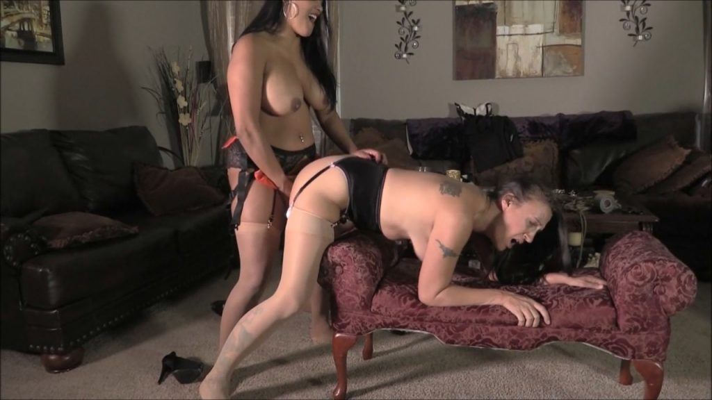 Ever Wondered What Girls Do When There Husbands Are Away On Business Drilling Br – Brenda Bound, Maxine X – Brendas Bound Bondage Addictions