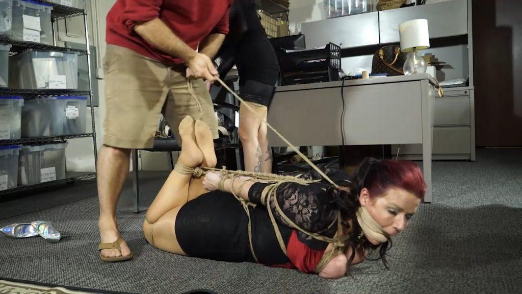 Disgruntled ex-employee back for revenge – Amanda Marie – Born to be Bound