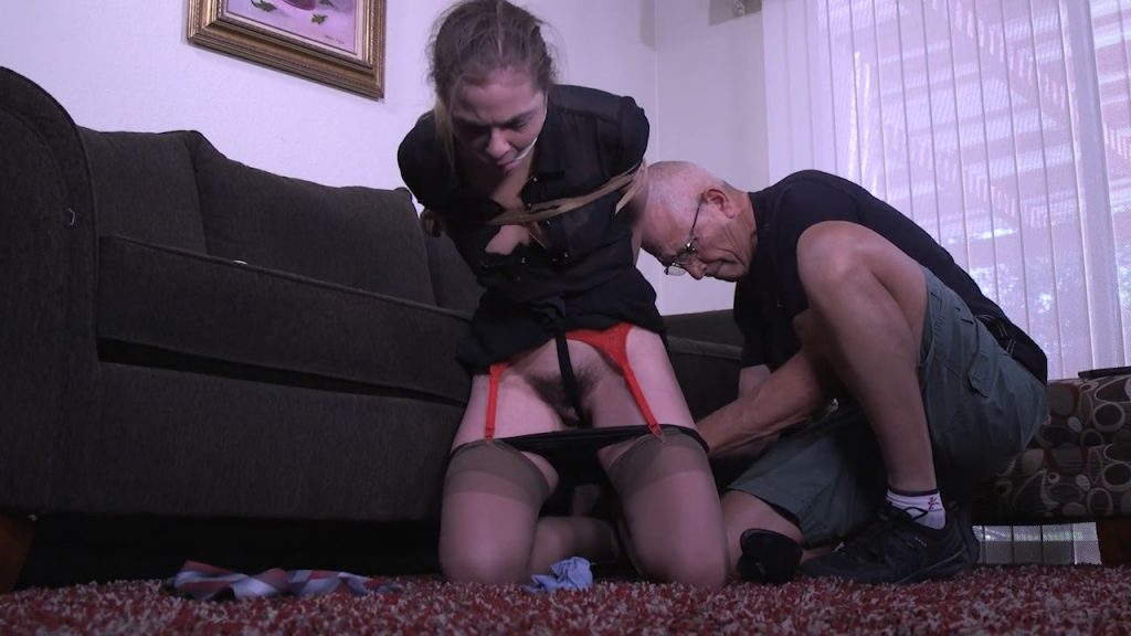 Caught trying to rip him off – Kendra Lynn – Girl Next Door Bondage