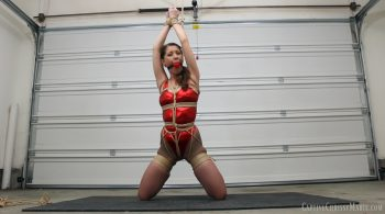Struggles In Tight Knots & Nylons – Captive Chrissy Marie