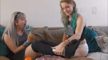 Violet Haze & Luna Grey – Gag testing after sleepover HD – Restricting Ropes