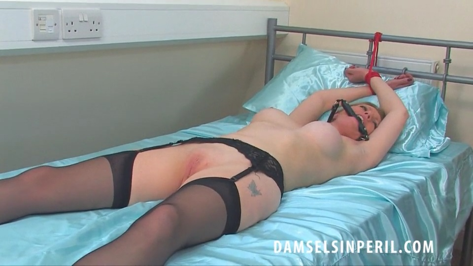 Holly Kiss – GLAMOUR GIRL DAMSELS IN PERIL