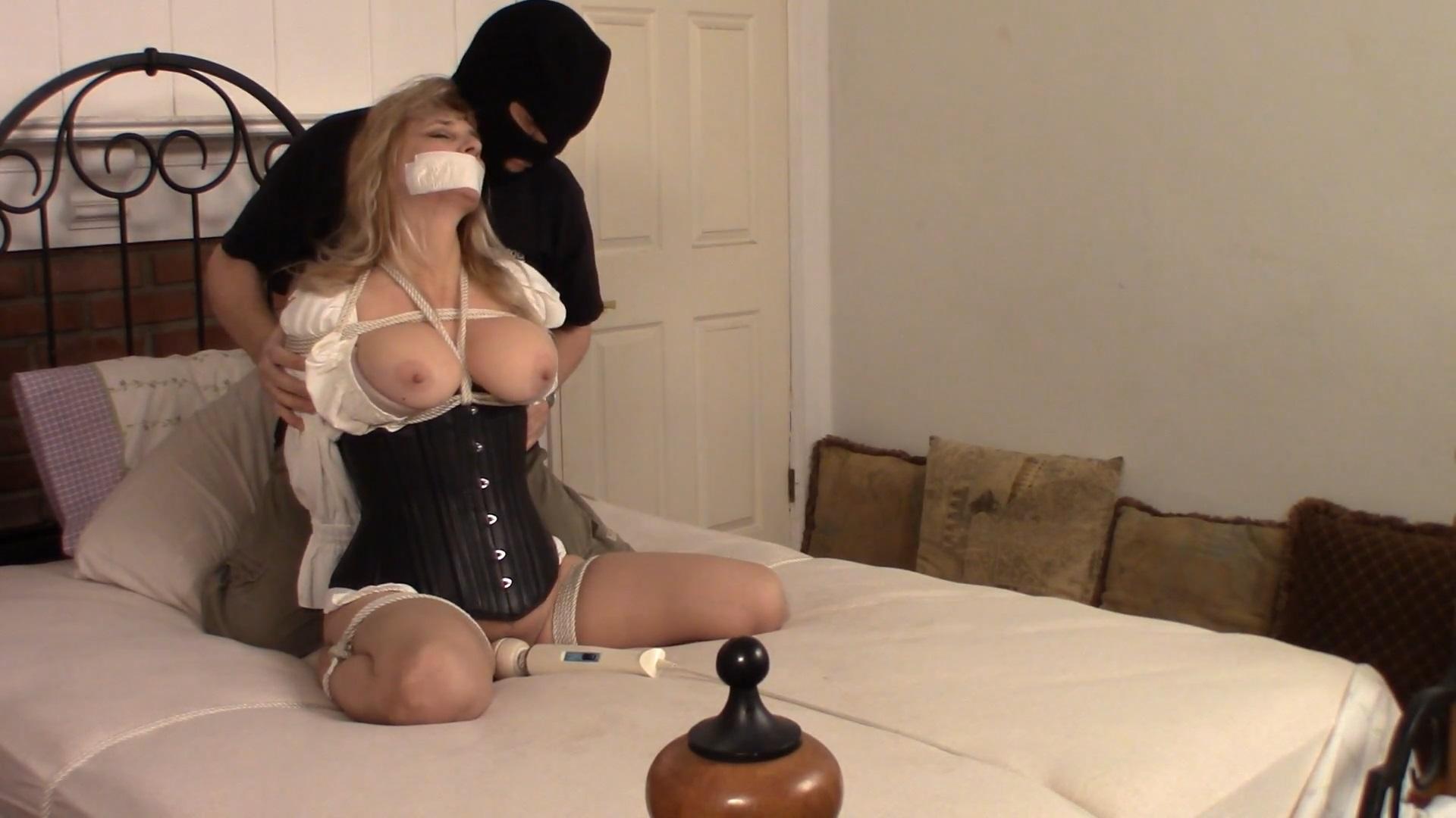 Bedroom Bondage Orgasm for Lorelei