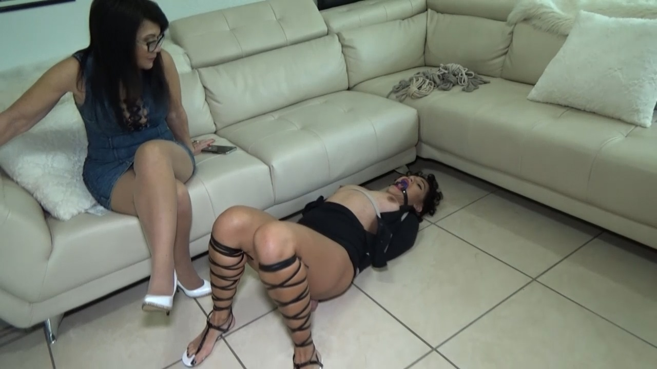 SULTRY SAHRYE DECEIVED INTO BONDAGE