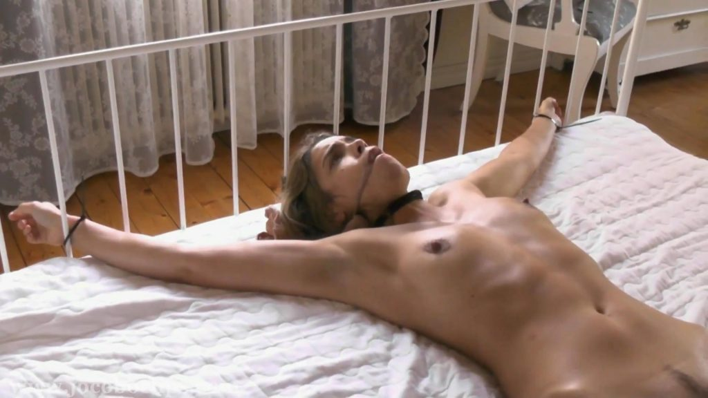 Hit And Run – FULL HD – Juliette Captured And In Distress [JoCoBoClips]