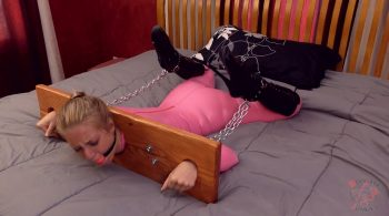 Summer vs. Stocks and Boots – BondageJunkies Clips