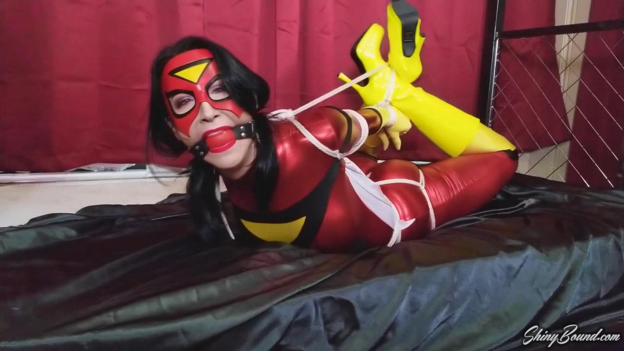 Raven Eve Spiderwoman Hogtied