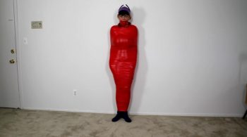 Jamie Knotts – Batgirl Bound and Mummified – Cinched and Secured