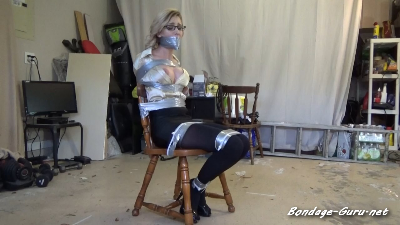 PRETTY SECRETARY REAGAN ISNT SAFE IN HER OWN HOME