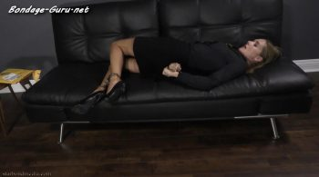 Self-Cuffed Secretary – Star Nine