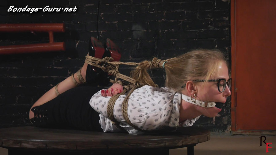 Hogtied Olesya on our new turntable device