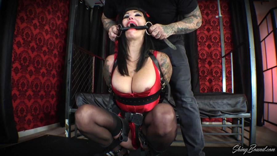 Devhorra Dark Leather Bound Nipple Torture