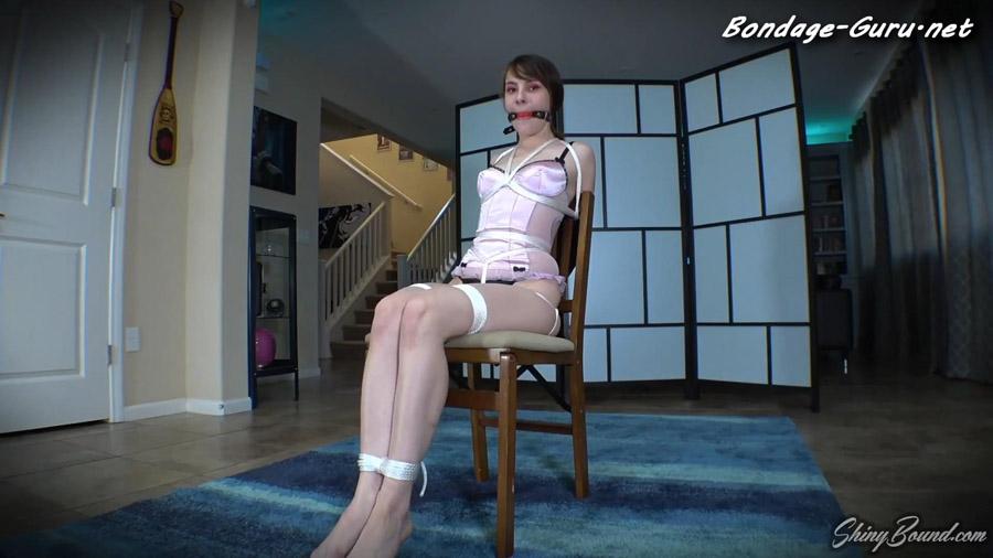 Ziva Fey Sexy Lingerie Chairtie