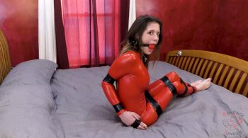 Emily vs. Her Big Mouth – BondageJunkies Clips
